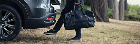 POWER REAR LIFTGATE WITH HANDS-FREE ACCESS